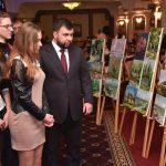 Выставка лучших работ участников конкурса детского рисунка «Четыре сезона»