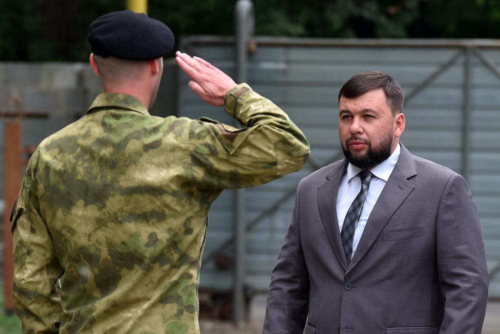 Глава ДНР Денис Пушилин поздравил бойцов СОБР МВД ДНР с годовщиной создания подразделения
