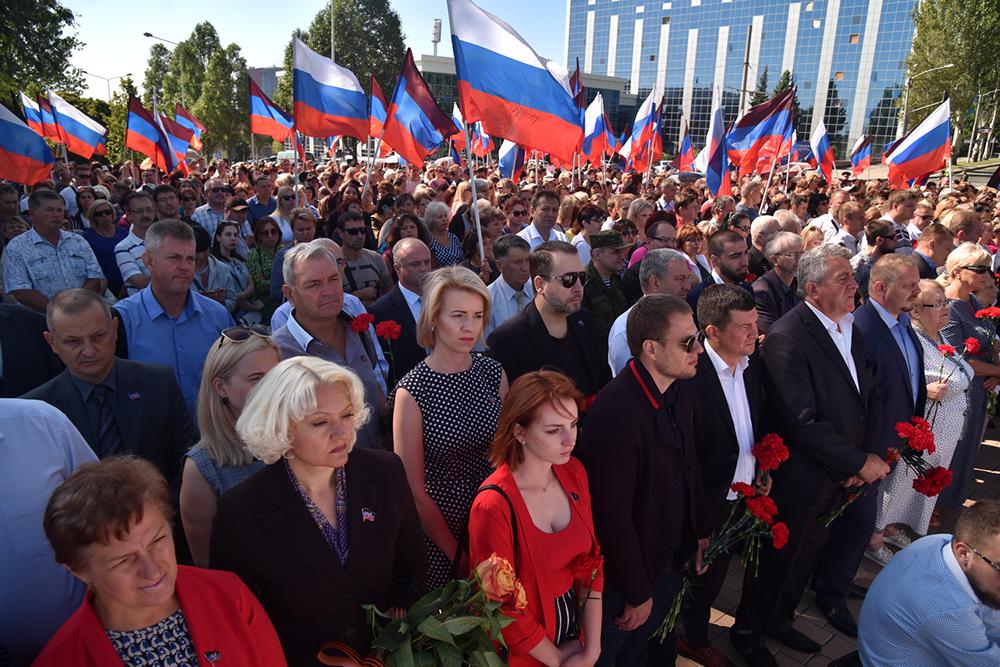 «Навсегда в истории Донбасса!»: Денис Пушилин почтил память прославленного земляка Иосифа Кобзона