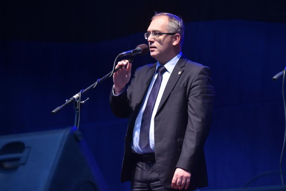 Глава ДНР Денис Пушилин поздравил жителей Республики с Днем Государственного флага ДНР