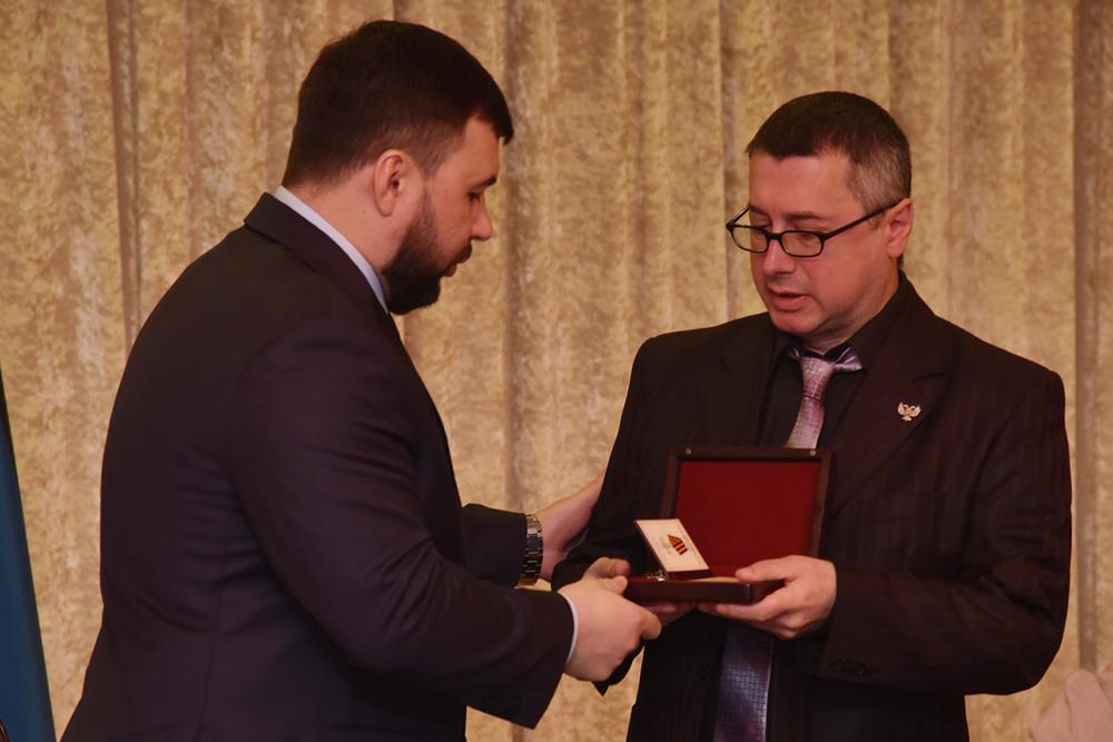 Глава ДНР Денис Пушилин представил к посмертным наградам журналистов, погибших при исполнении профессионального долга