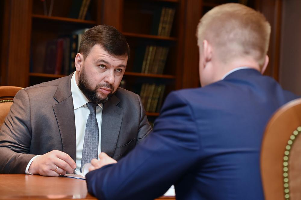 Глава ДНР Денис Пушилин ознакомился с докладом профильного министра о ходе посевной кампании