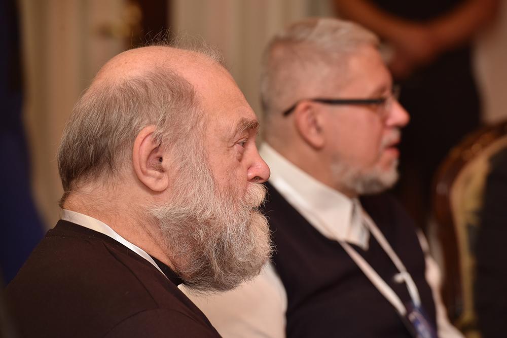 «Мы с Россией находимся в одном культурном поле»: Денис Пушилин встретился с мастерами российской фантастики